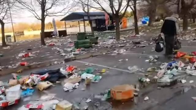 Gomila smeća na Jarunu nakon sinoćnjeg okupljanja mladih