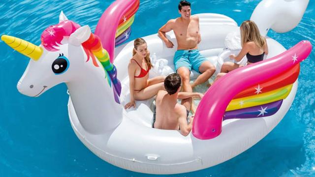 Ljetne radosti: Evo gdje naći trendi luftiće i biti hit na plaži