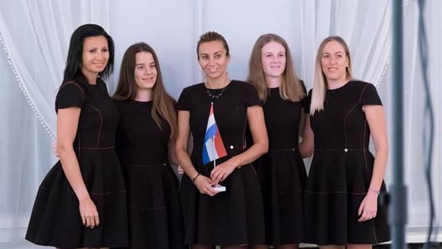 Čudesne Hrvatice! Jedine  se odazvale i srušile Slovenke