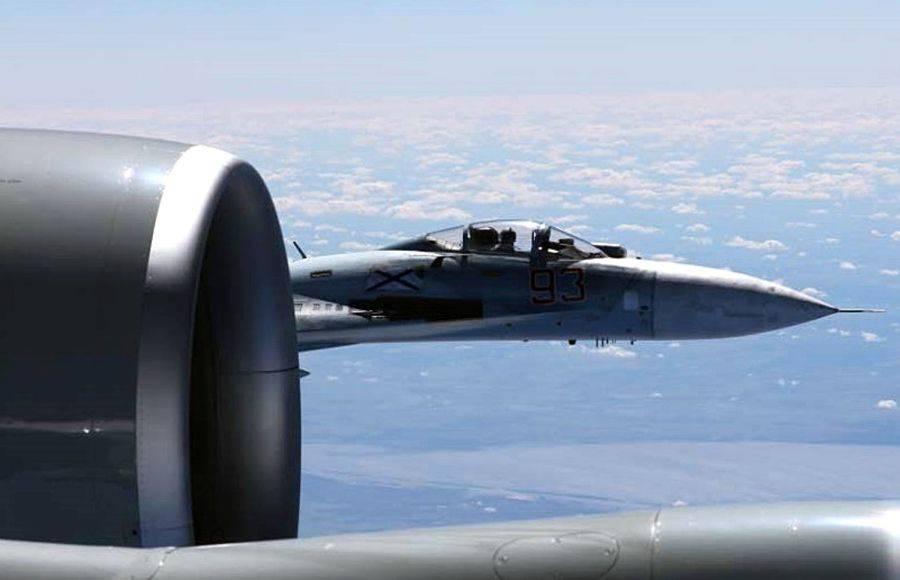 Ruski lovac presreo američki avion, približio mu se na metar