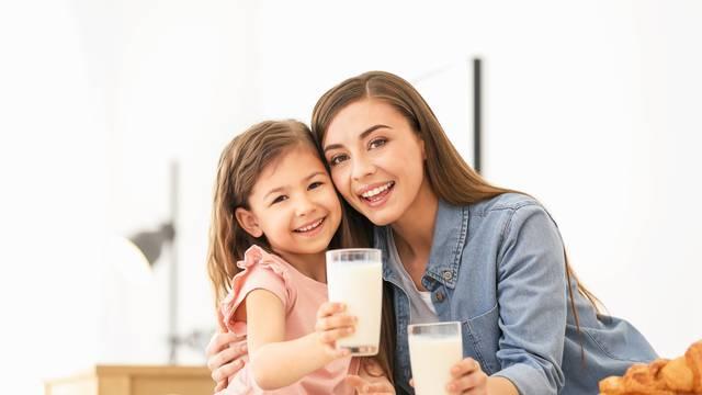 Znamo gdje kupiti domaće kozje mlijeko iz Dalmatinske zagore kojim ćete ojačati imunitet...