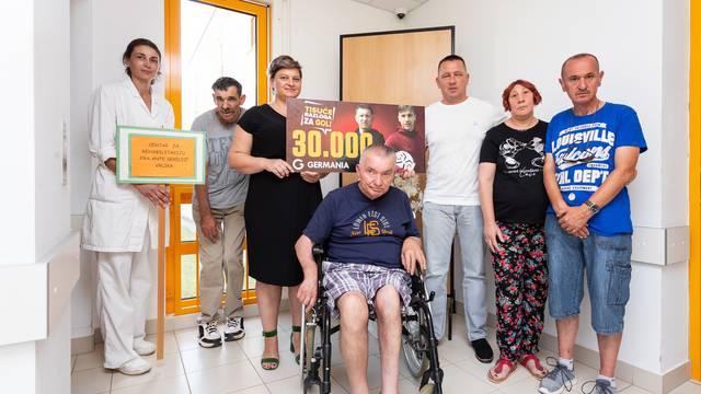 Ivana Klarić Kukuz, Mladen Tomić, djelatnica Centra i štićenici