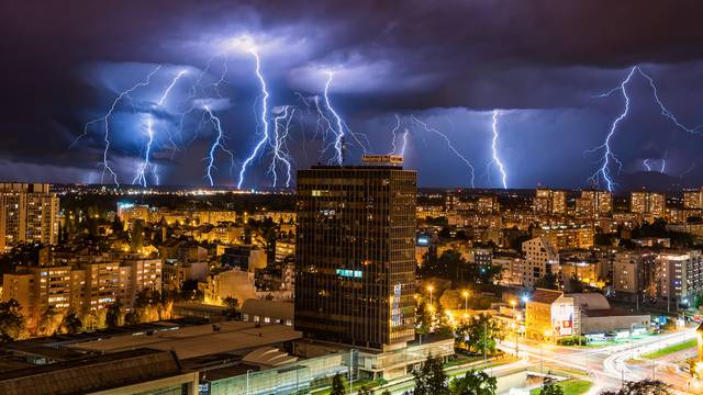 Zagreb: Slikao sam armagedon