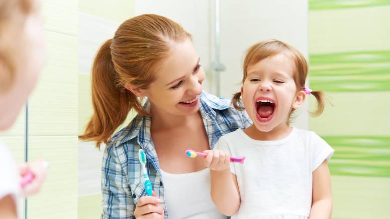 Budi zdrav: Zube peri stojeći na jednoj nozi poput plamenca, spavaj u sobi na 12 stupnjeva...
