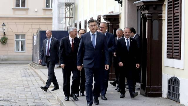 Zagreb: Polaganje vijenca povodom 28. obljetnice raketiranja Banskih dvora
