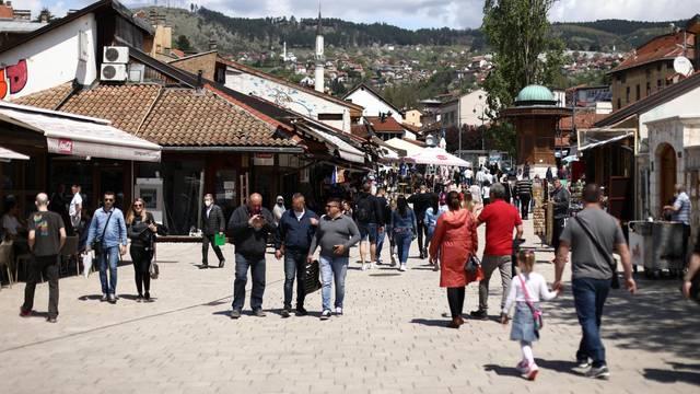 Turisti preplavili ulice Sarajeva