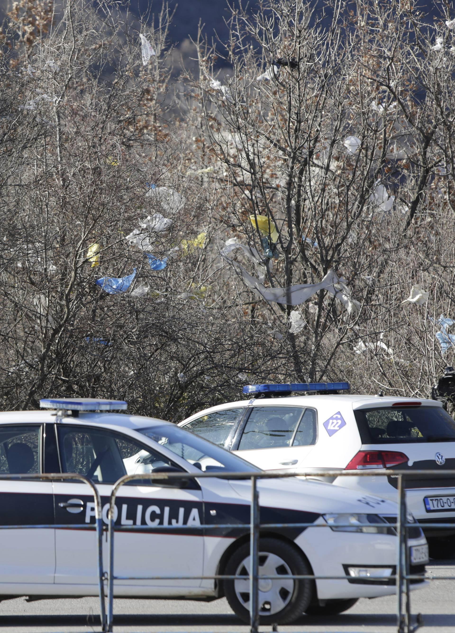 Mostar: Ponovno blokirana deponija Uborak, kamioni sa otpadom vraćeni