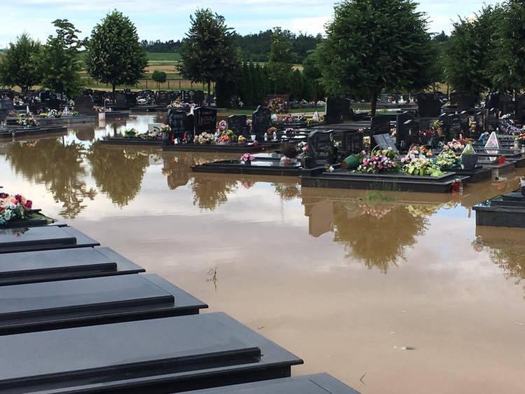 'Mojoj majci nisam mogla doći na grob, jer je sve poplavljeno'