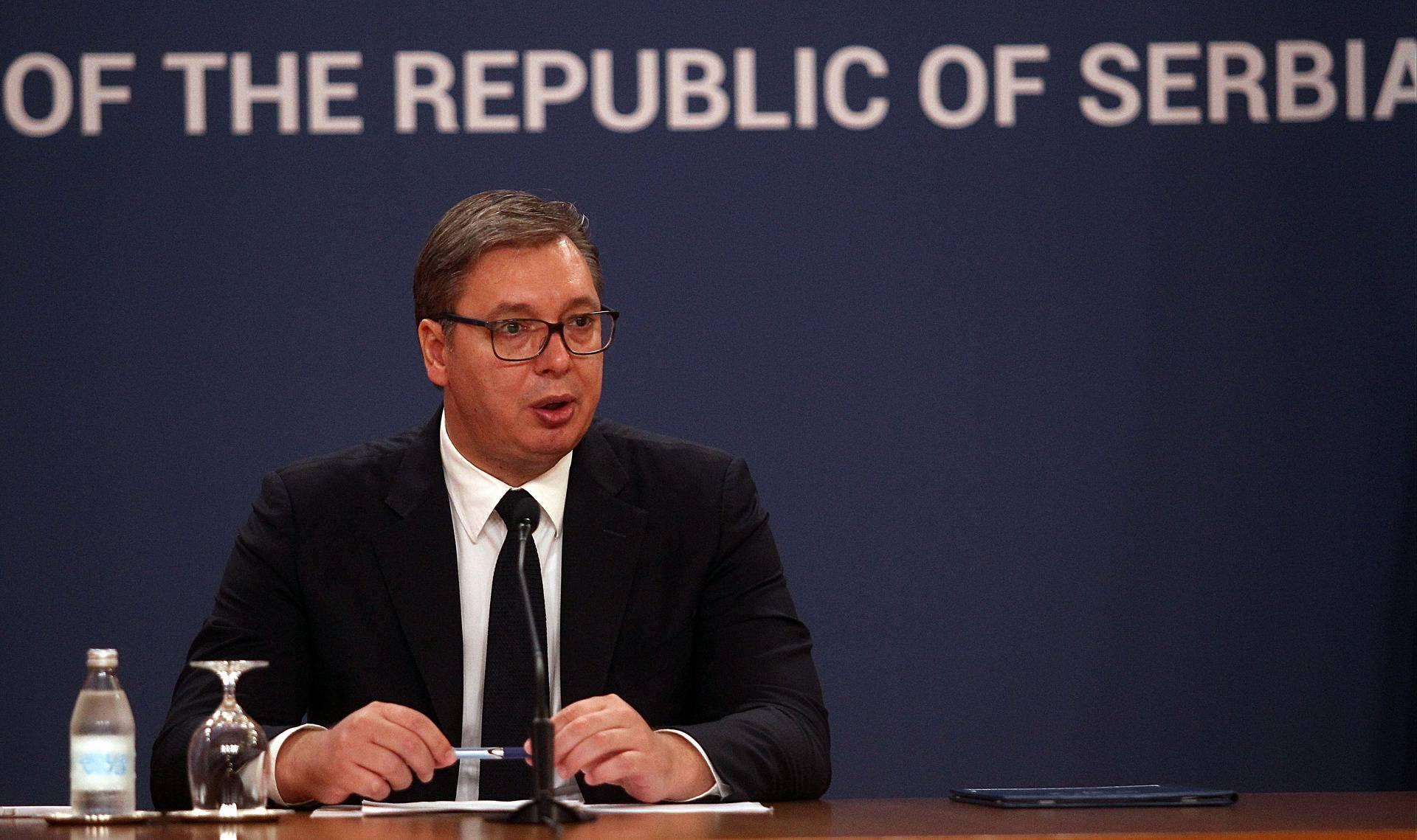 Aleksandar Vučić na konferenciji najavio svoju kandidaturu za predsjednika Vlade Srbije