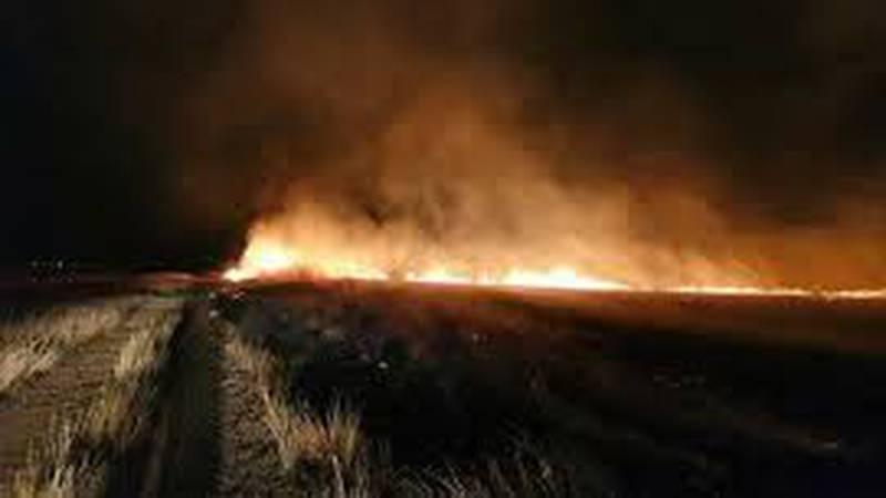 Ogroman požar kod Mostara, vatra prijeti kućama i skladištu plina, gašenje otežava vjetar