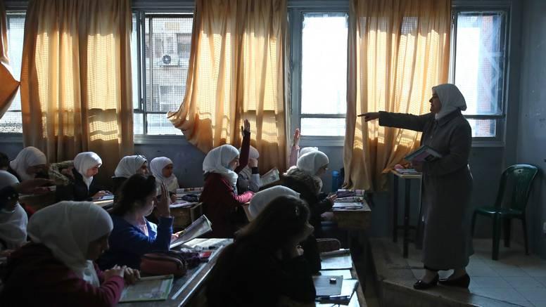 Sud u Austriji poništio zabranu hidžaba u školi: To diskriminira
