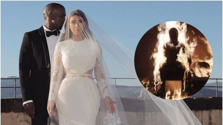 Kanye šokirao sve i zapalio se na pozornici, a nakon 'gašenja' pojavila se Kim u vjenčanici...