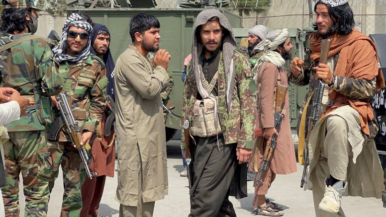 U Afganistanu kolaps osnovnih službi, uskoro bez hrane