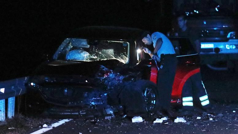 Detalji užasa kod Vodica: Autom prešao u suprotnu traku, udario u Mazdu i na mjestu poginuo
