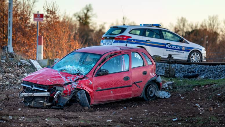 Vozaču Opela kojeg je udario vlak kod Svetog Petra u Šumi u bolnici izmjerili 2.25 promila