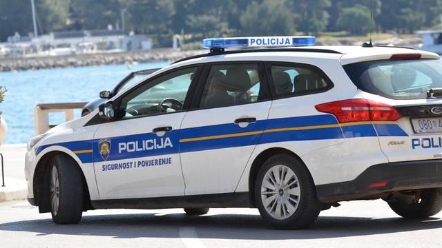 Policajci u Splitu su uhitili maloljetnika: Pljačkao turiste