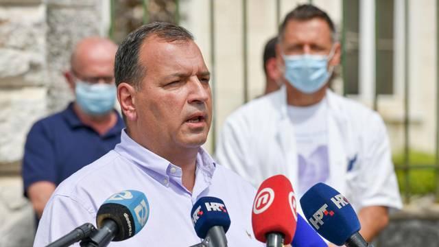 Zadar: Vili Beroš komentirao situaciju oko sudionika Adria Toura koji su COVID-19 pozitivni
