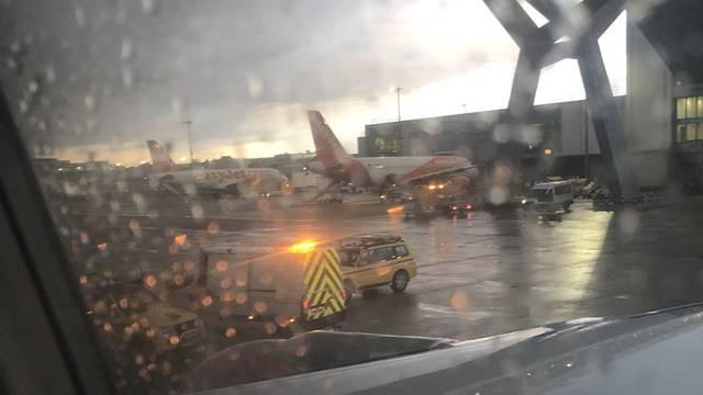 Nesreća na pisti: Ruski avion prešao djelatniku preko nogu