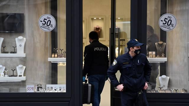 Zagreb: Tijekom prosvjeda poduzetnika opljačkana zlatarna u Ilici