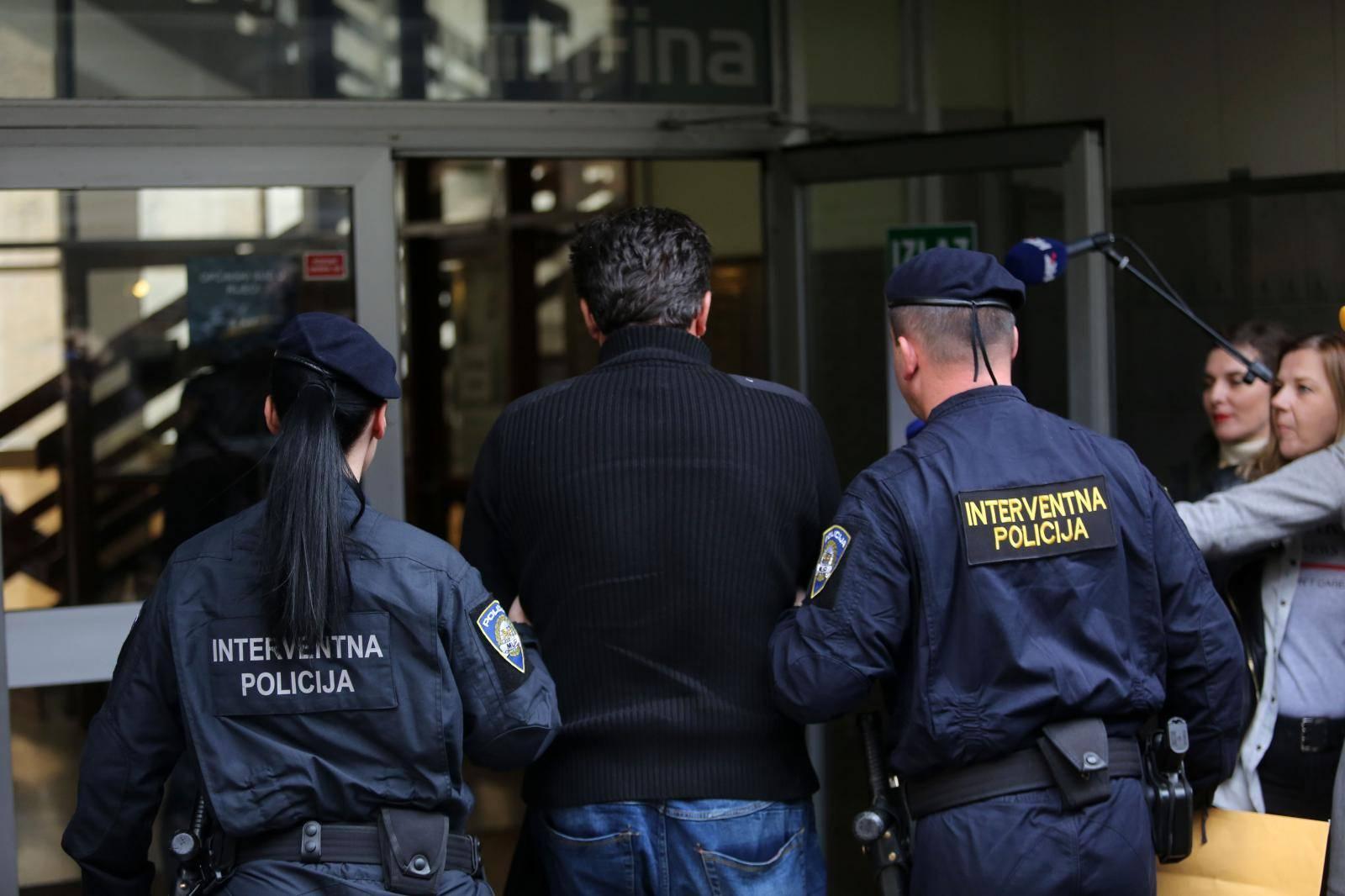 Osumnjičeni šefovi Uljanika podnijeli ostavke na dužnosti