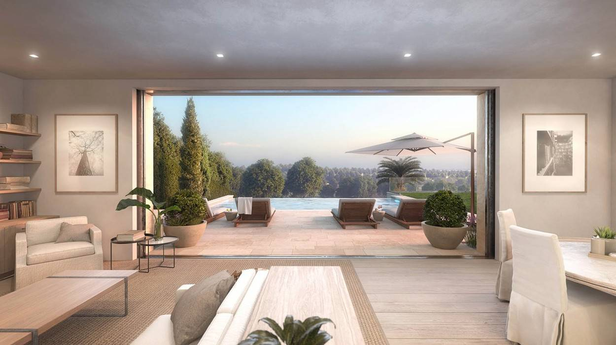 Michelle Pfeiffer has just bought this brand-new house in Pacific Palisades, Los Angeles for $22.3 million.