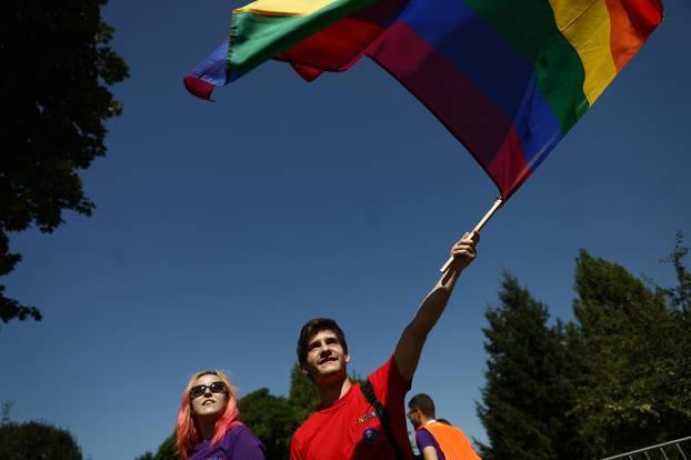 Sarajevo: Okupljanje sudionika 3. Povorke ponosa