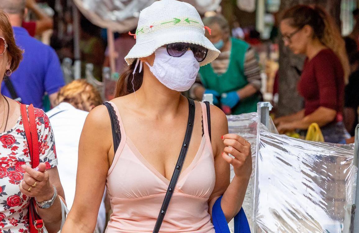 Pula: Turisti su zbog jutarnje kiše umjesto odlaska na more obilazili grad