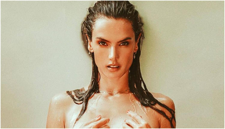 'Zapalila' Instagram: Ambrosio mami uzdahe fotkama u toplesu