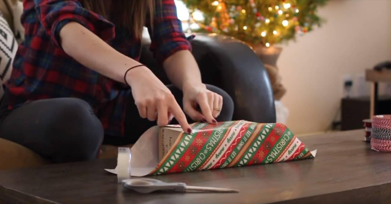 Super način zamatanja darova i kako napraviti mašnu od papira
