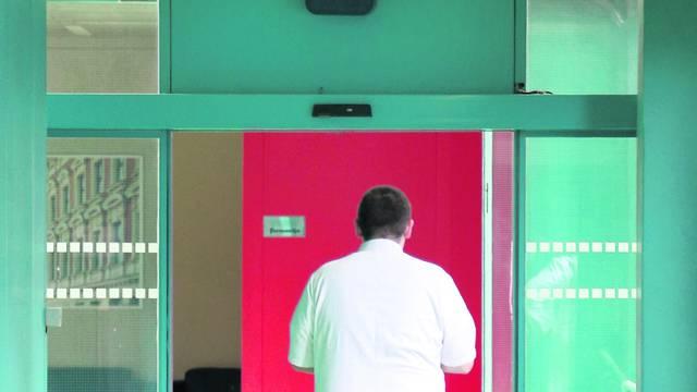 Pobuna liječnika: Mi ne želimo opravdavati izostanke učenika