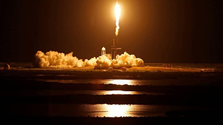 Florida: SpaceX odletio u svemir s prvom civilnom posadom, za let su se spremali mjesecima