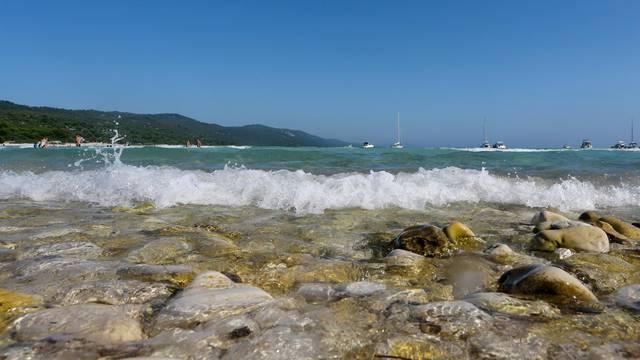 Na Dugom Otoku pronašli kosti potkoljenice: 'Stravično, virile  ispod hlača skupa s tenisicom'