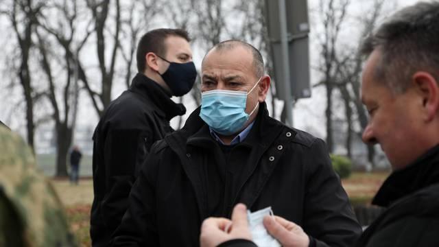 Sisak: Plenković i Medved obišli Sisak i prisustvovali pripremama uklanjanja sisačke katedrale