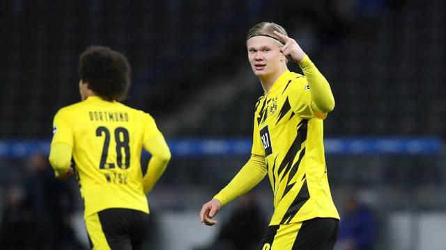 firo: 21.11.2020 football, soccer 1st Bundesliga, season 2020/2021 Hertha BSC Berlin - BVB Borussia Dortmund