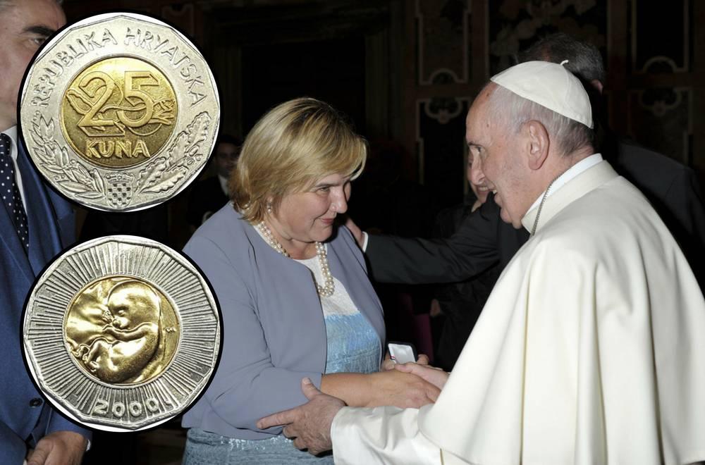 Kovanici s fetusom papa Franjo se razveselio i blagoslovio je