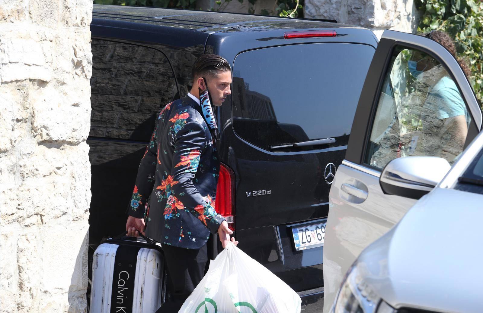 Gay Kardashiani krenuli su u đir po Dalmaciji: Napokon slobodni