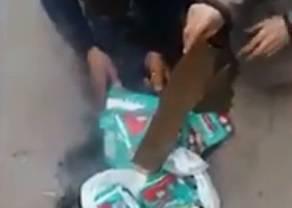 Muslimani spaljuju Pampersice: 'Na pakiranju piše Muhamed'