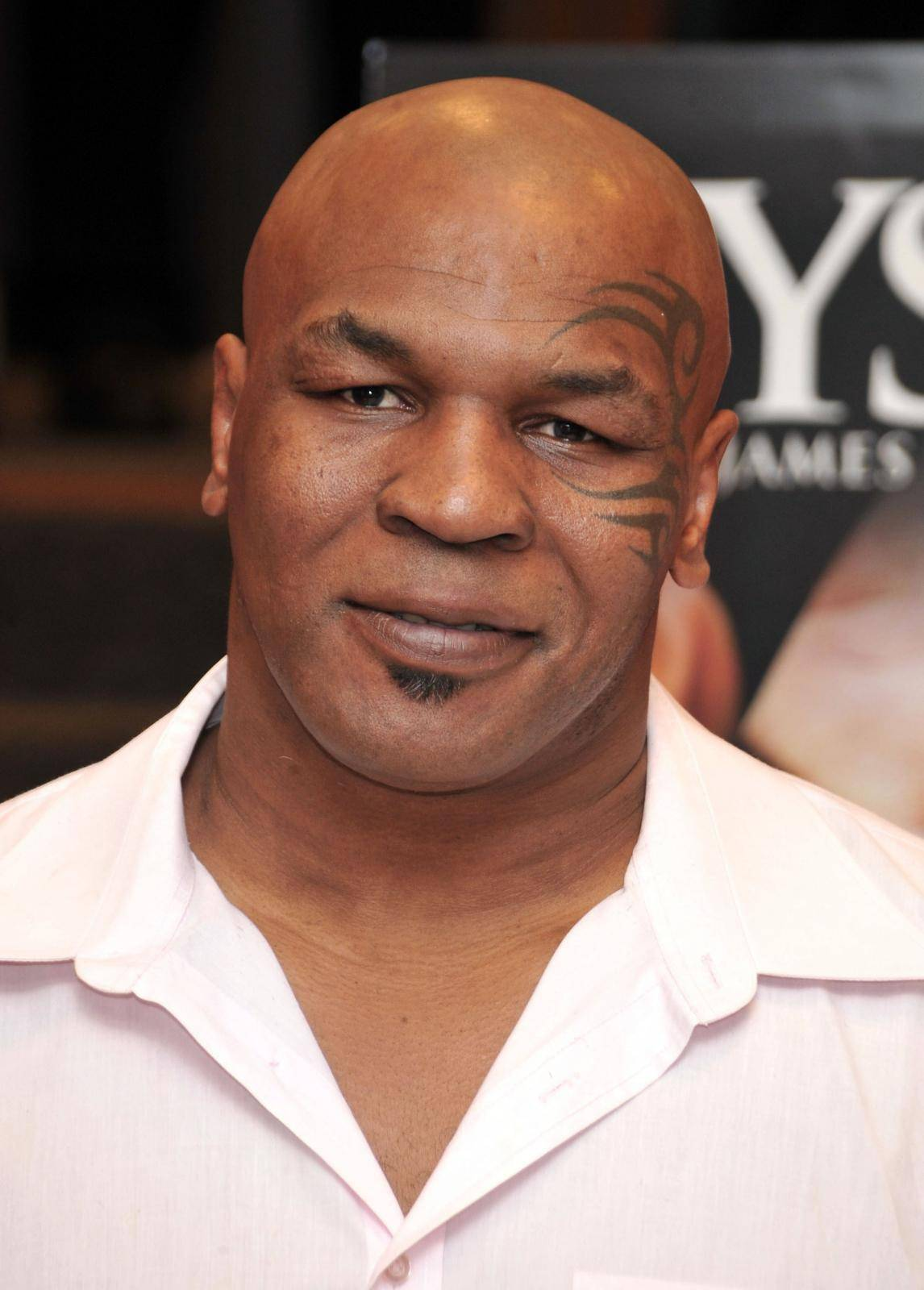 MIke Tyson DVD signing - Hollywood