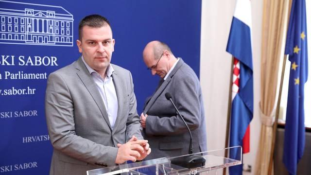 Zagreb: Konferencija za medije Kluba zastupnika HSLS-a i Reformista