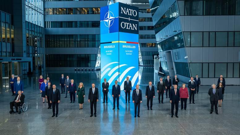 NATO zabrinuto zbog Afganistana i poziva na evakuacije stanovništva
