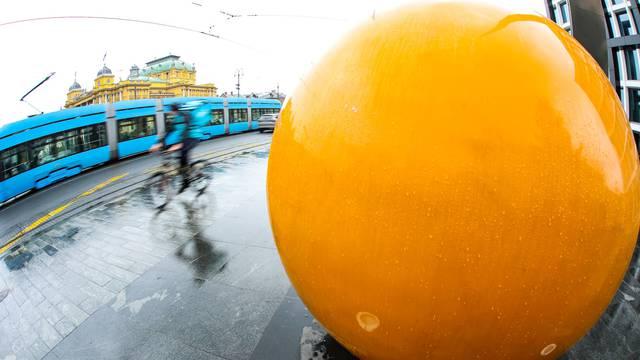 Kišni tmurni dan u Zagrebu: Centar grada jučer bio prazan