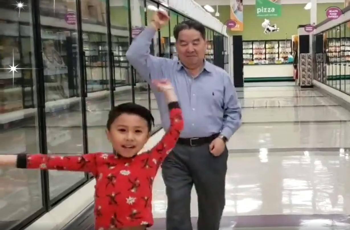 Dječak je silno želio zaplesati sa djedom - noć prije operacije