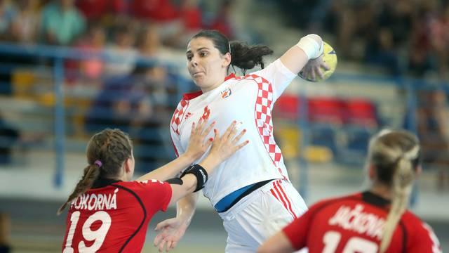 Prejaka i Mađarska, hrvatske rukometašice opet poražene...