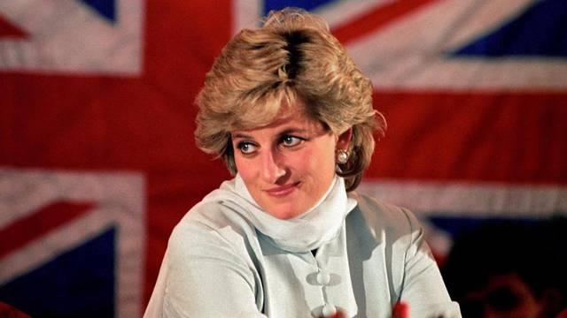 Kraljica ignorira rođendan Lady Di? Čestitali samo Dan Kanade