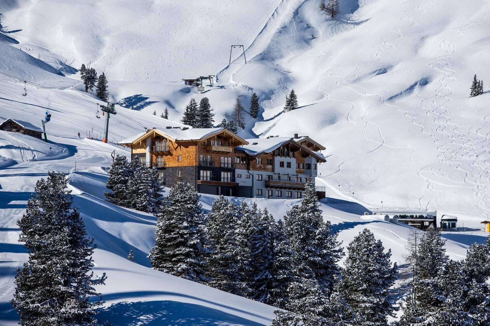 Prekrasno vrijeme na skijalištu Wildkogel - Arena u Austriji