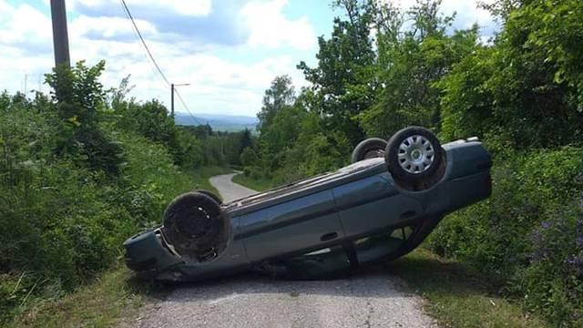 'Vozio sam pa onda ispred sebe ugledao prevrnuti automobil'