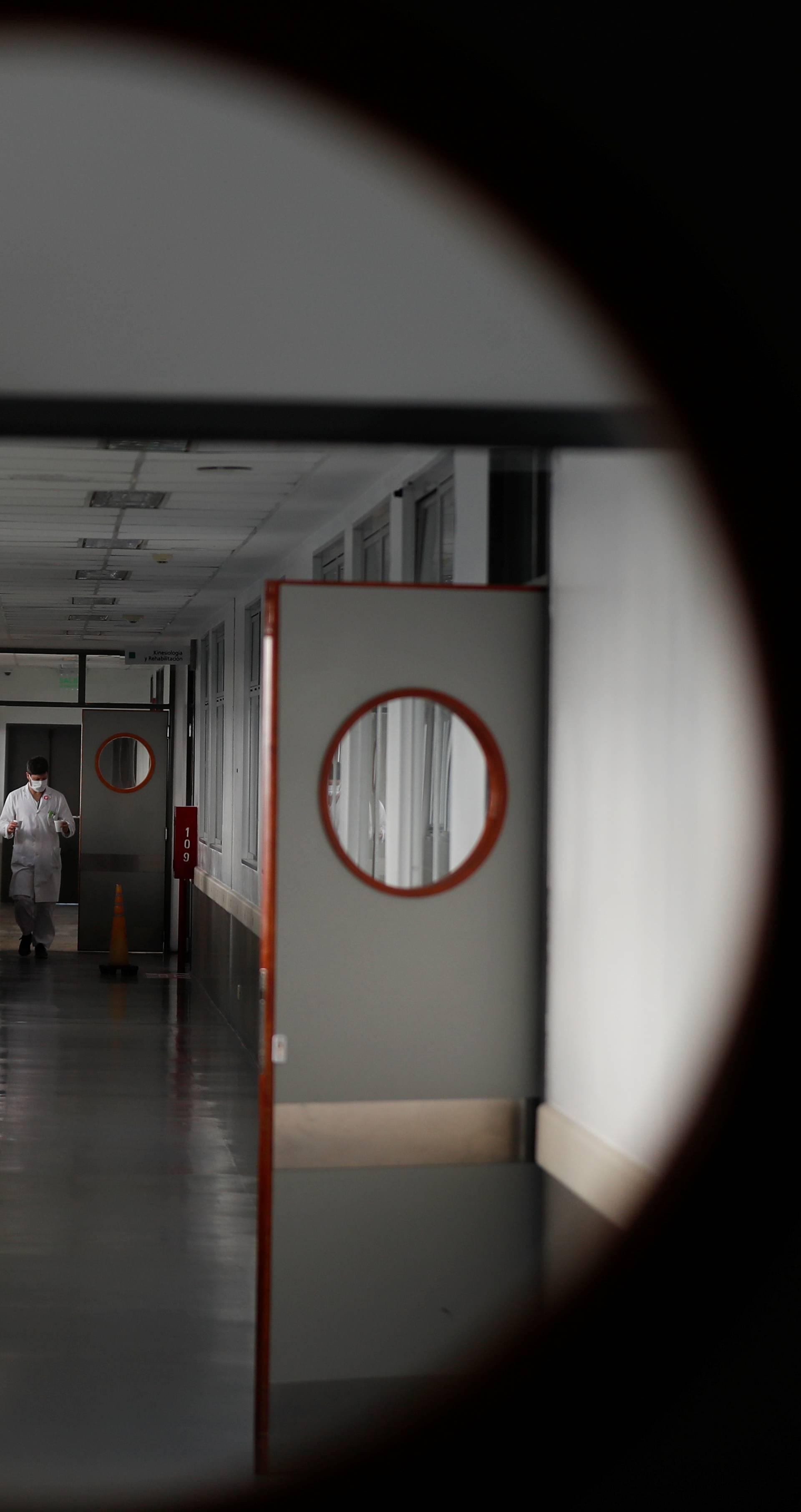 Zbog pandemije korona virusa preminulo više od 300.000 ljudi