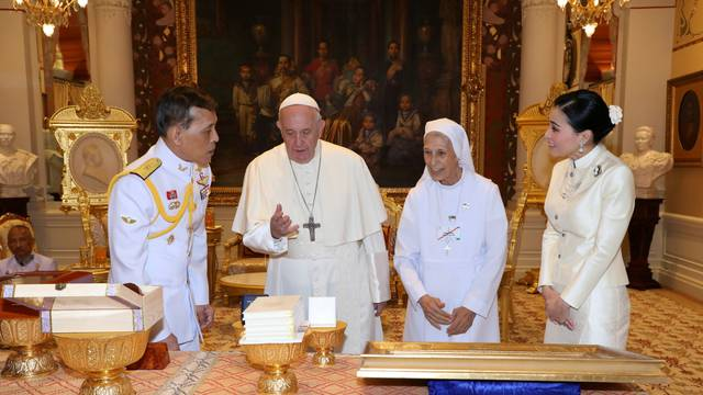 Pope Francis visits Thailand
