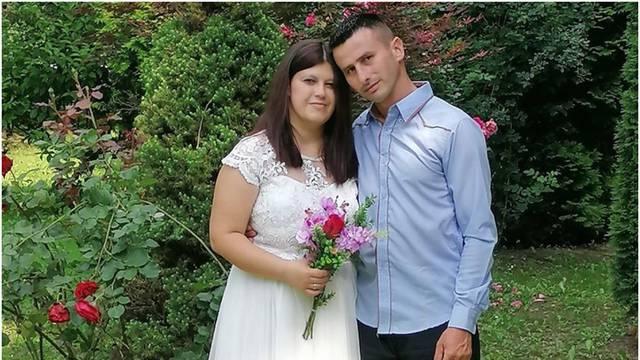 Oženio se Dušan iz 'Ljubavi na selu': Upoznali smo se na 'fejsu'