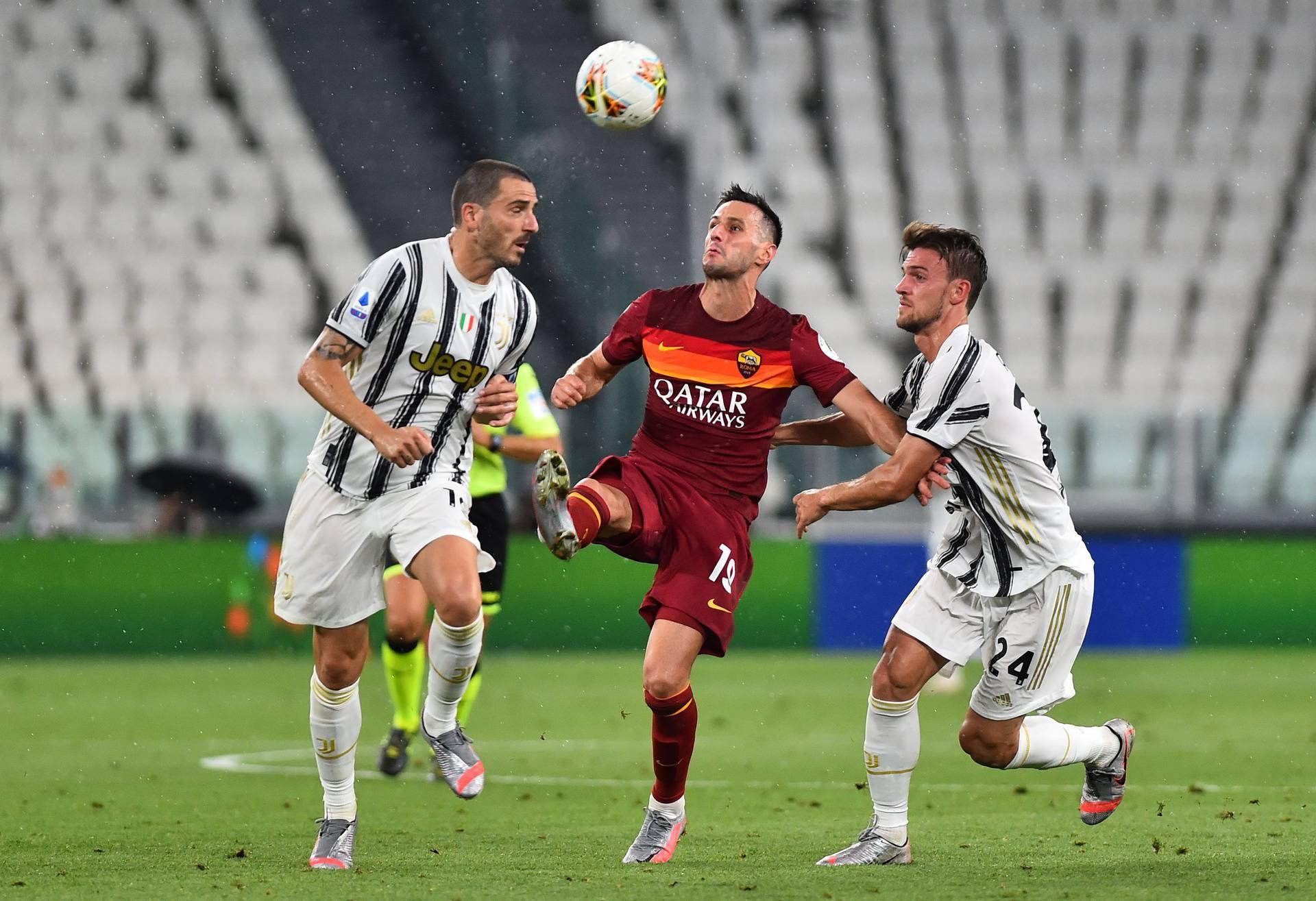 Serie A - Juventus v AS Roma